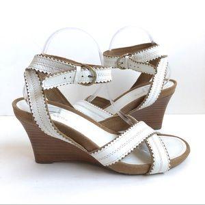 Aerosoles White Wedge Sandal Size 10